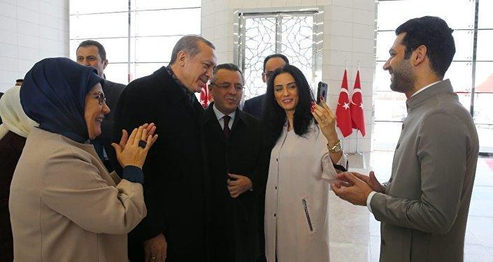 Cumhurbaşkanı Erdoğan 'Facetime' ile kız istedi
