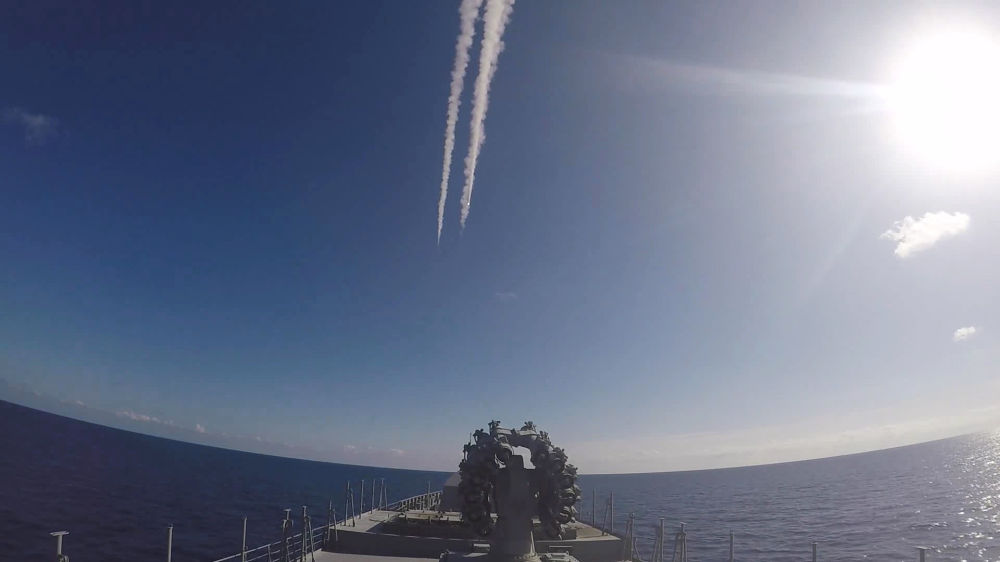 Suriye operasyonu sırasında füzenin fırlatıldığı an.