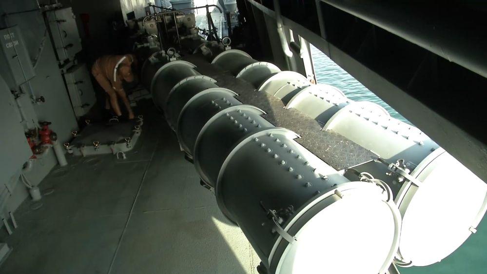 Admiral Grogoryeviç koruma gemisindeki torpido tüpü.