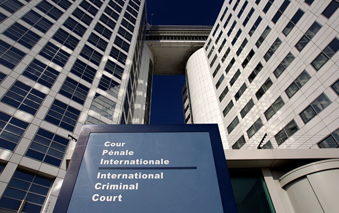 Uluslarası Ceza Mahkemesi, 10 yıl önce tutuklama emri çıkardığı Beşir'i Sudan'daki askeri yönetimden istedi