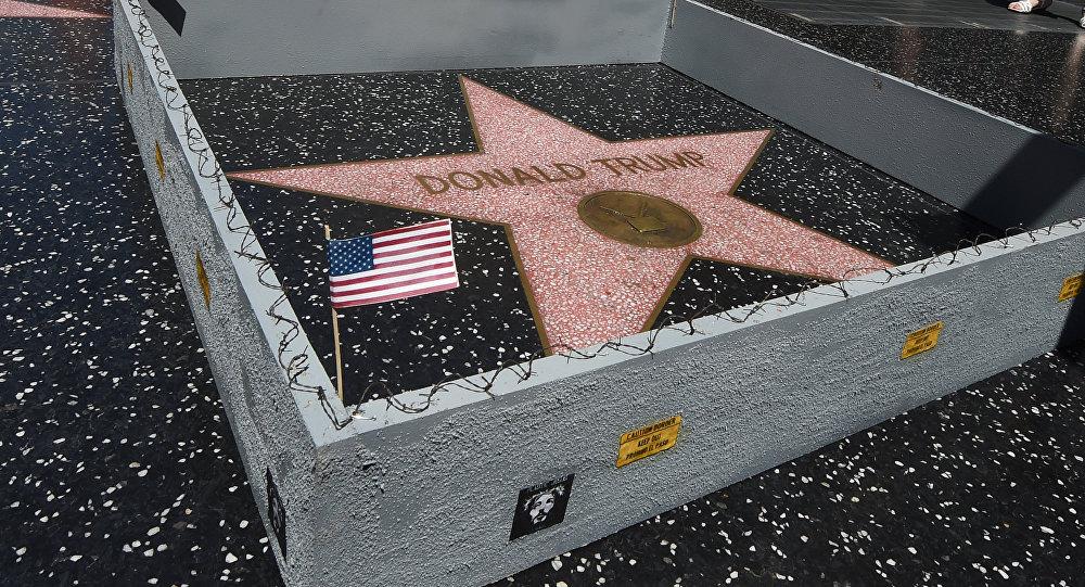Donald Trump'ın 'Şöhretler Bulvarı'ndaki yıldızı