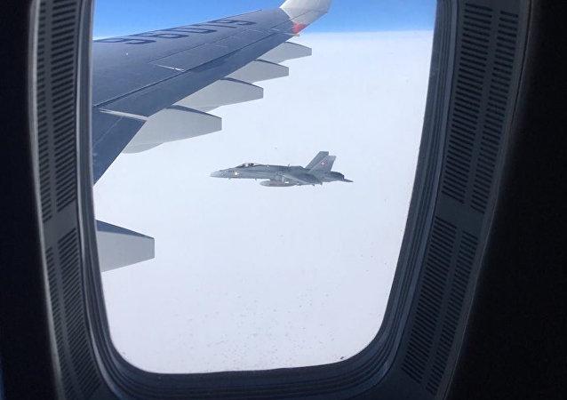 İsviçre jetlerinden Rus heyetini taşıyan uçağa 'eşlik etti'