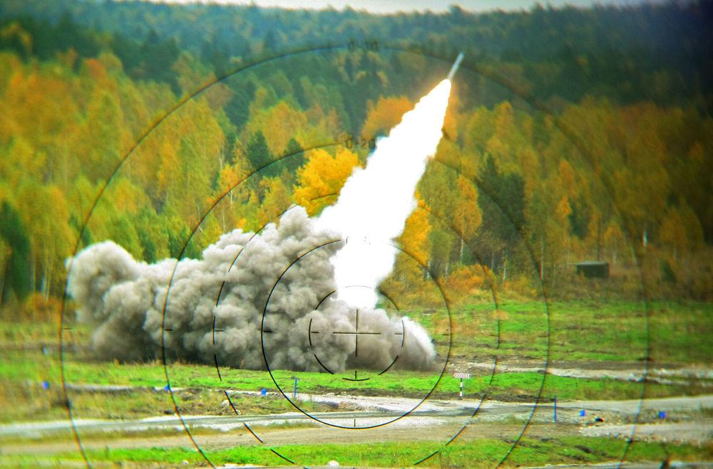 Smerç çok namlulu roketatar sistemi.