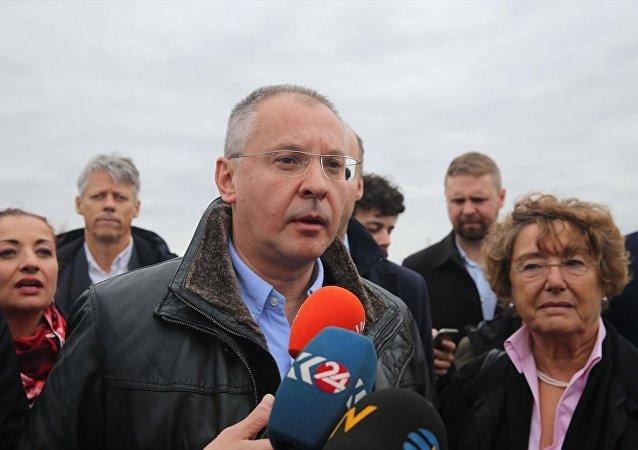 Avrupa Sosyalistleri Partisi (PES) başkanlığındaki heyetin, Edirne F Tipi Cezaevinde tutuklu bulunan HDP Eş Genel Başkanı Selahattin Demirtaş ile görüşmesine izin verilmedi. PES Genel Başkanı Sergey Stanişev, AA muhabirinin, sorularını yanıtladı.
