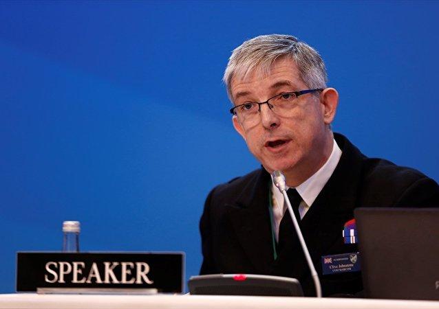 NATO Deniz Kuvvetleri Komutanı Koramiral Clive Johnstone