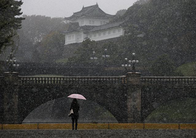 Tokyo'ya 54 yıl sonra ilk kez kasımda kar yağdı.