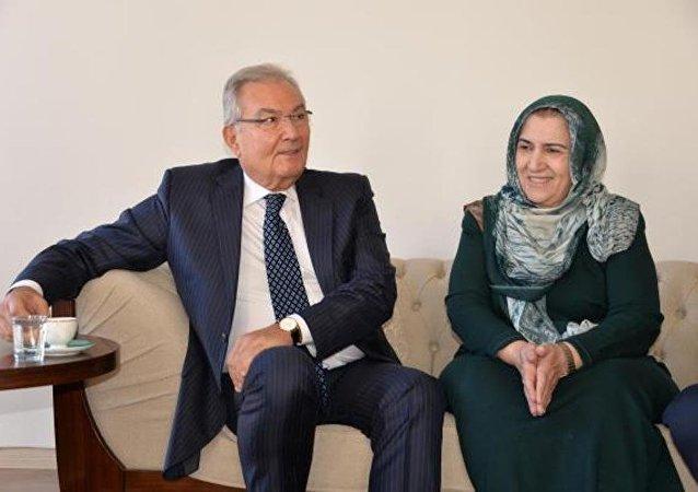 Deniz Baykal, Ahmet Türk'ün eşini ziyaret etti