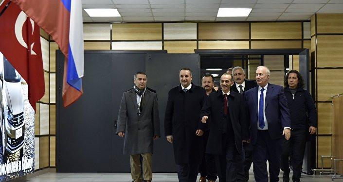 Kırım'daki Türk heyeti / Hasan Cengiz