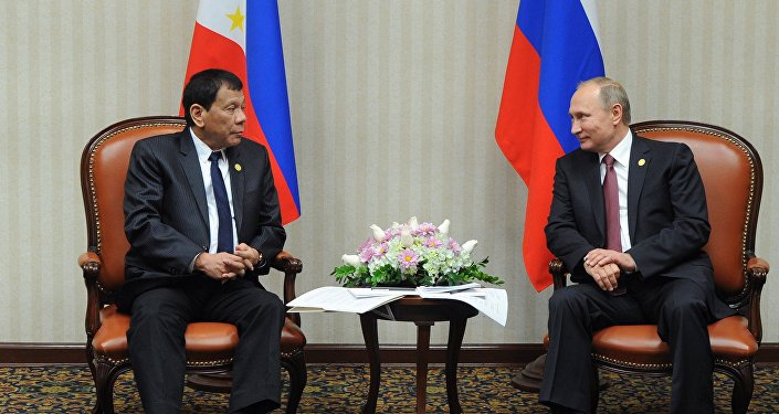 Rodrigo Duterte ve Wladimir Putin, APEC Zirvesi'nde görüştü