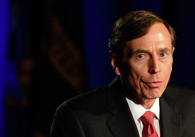 Eski CIA Direktörü David Petraeus