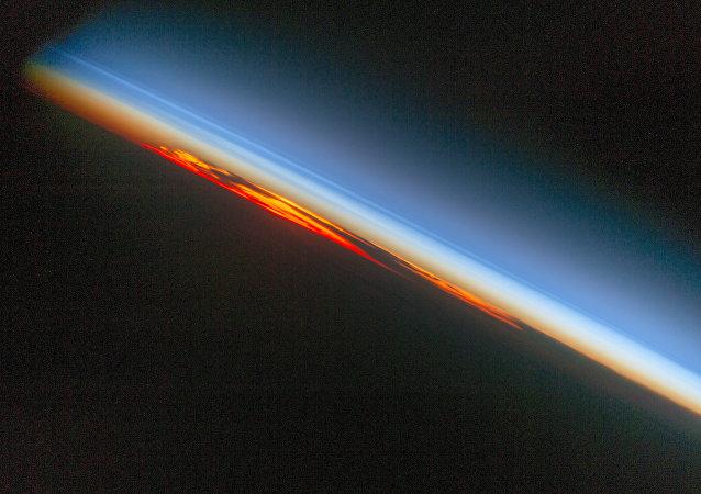 ISS'ten çekilen günbatımı fotoğrafı