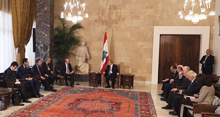 Dışişleri Bakanı Mevlüt Çavuşoğlu, çalışma ziyareti kapsamında geldiği Lübnan'da Cumhurbaşkanı Mişel Aun tarafından kabul edildi.