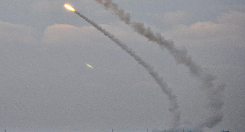 Ukrayna Kırım yakınlarındaki tatbikatında orta menzilli füzelerini denedi