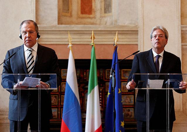 Rusya Dışişleri Bakanı Sergey Lavrov ve İtalyan mevkidaşı Paolo Gentiloni