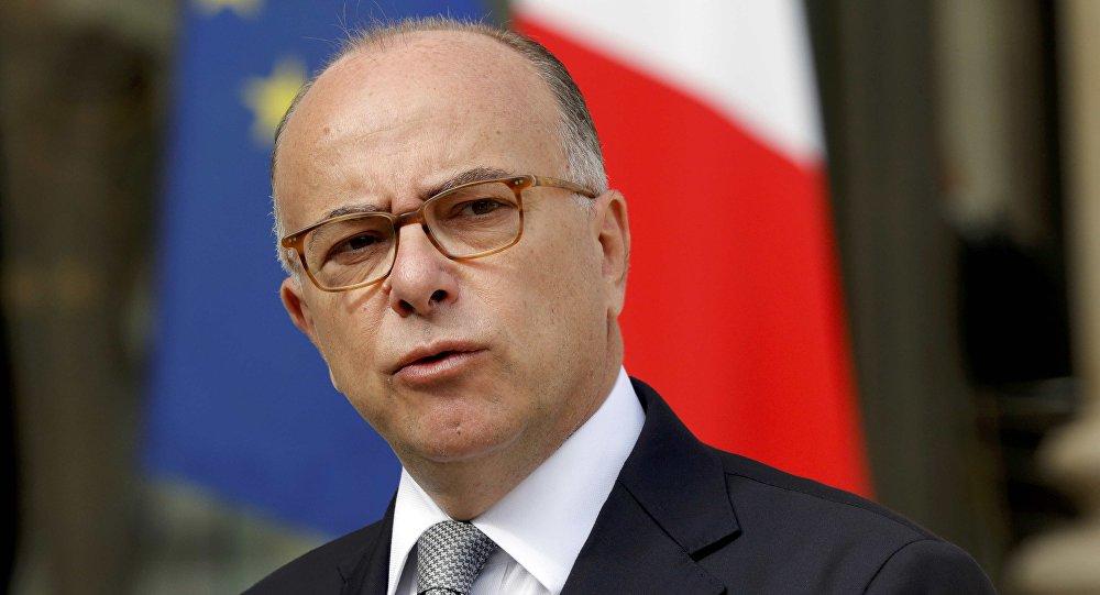 Fransa'nın yeni başbakanı Bernard Cazeneuve