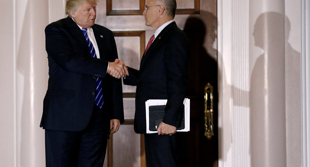 Donald Trump ve Andrew Puzder