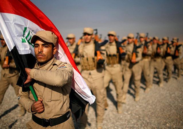 Irak'taki Mahmur Kampı'nda eğitim gören Haşdi Şabi milisleri