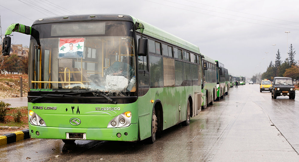 Halep'te kullanılan tahliye otobüsleri