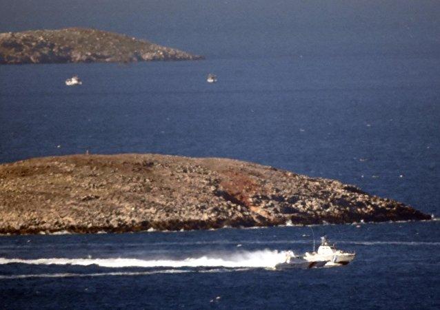 Yunan balıkçılar, Kardak yakınlarında krize neden oldu