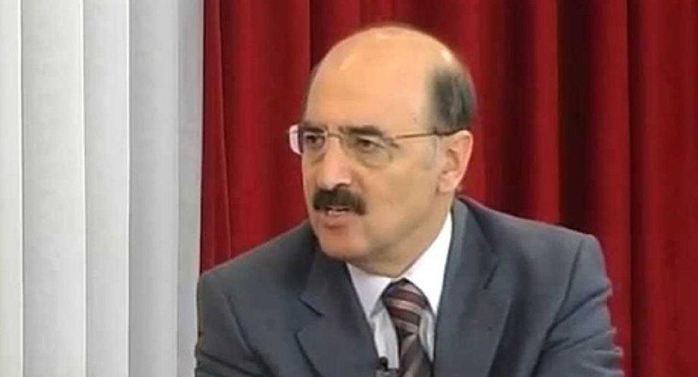 Gazeteci Hüsnü Mahalliye Devlet Büyüklerine Hakaretten Tutuklama 89