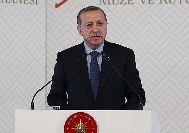 Cumhurbaşkanı Erdoğan, İzmir'de