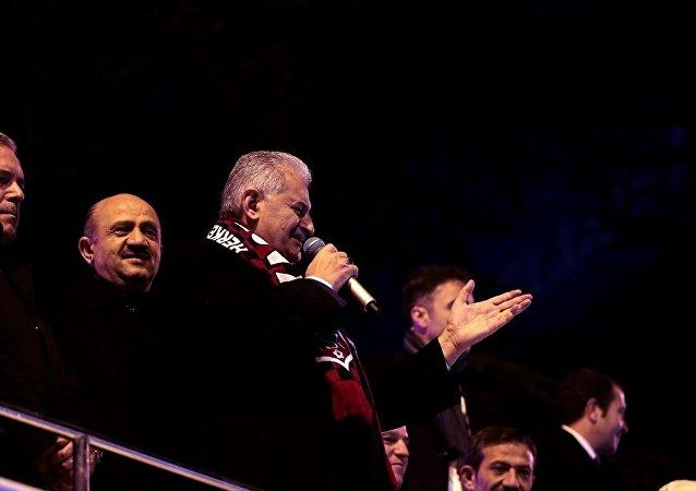 Başbakan Binali Yıldırım, Kastamonu Nasrullah Meydanı'nda vatandaşlara hitap etti.