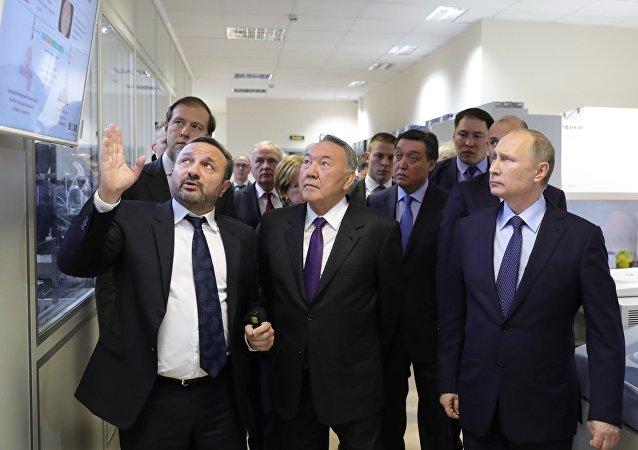 Rusya Devlet Başkanı Vladimir Putin ve Kazakistan Devlet Başkanı Nursultan Nazarbayev