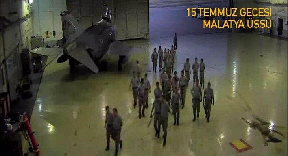 Darbe girişimi gecesinde Malatya'daki askeri üste yaşananlar