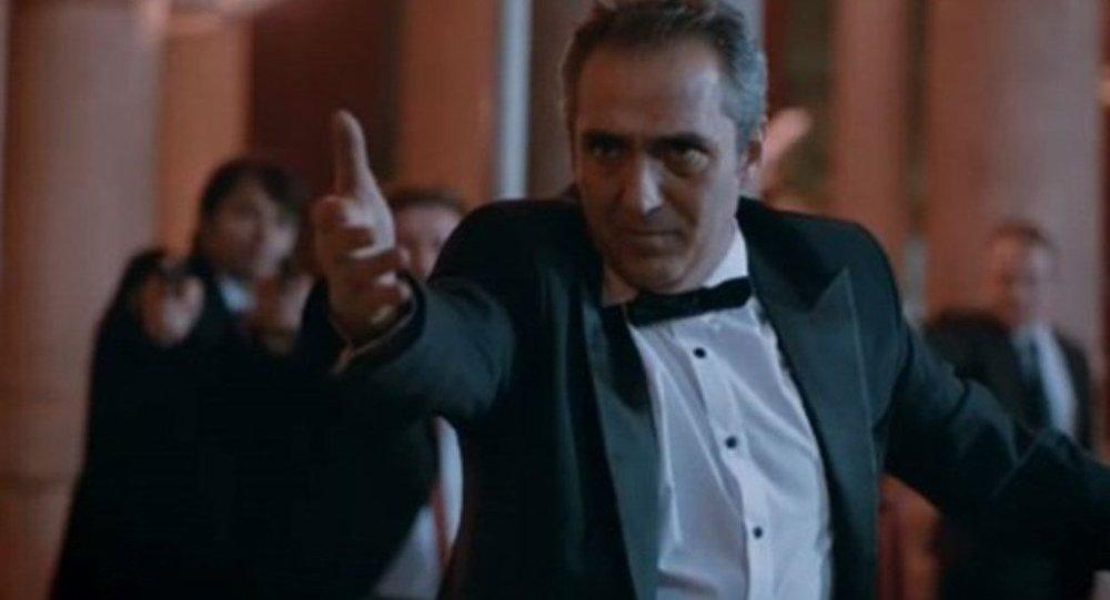 TRT ve Samanyolu dizilerinde Karlov suikastını hatırlatan sahneler