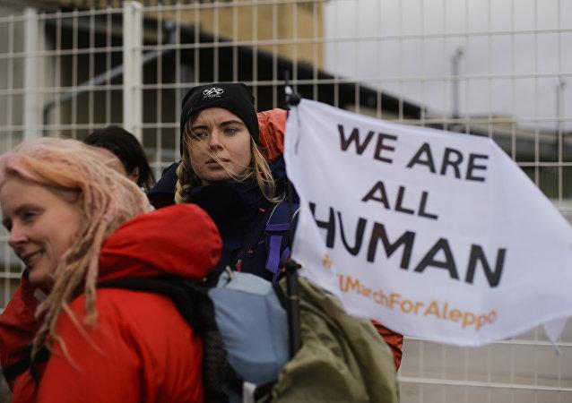 Berlin'den Halep'e yürüyecek olan Alman aktivistler