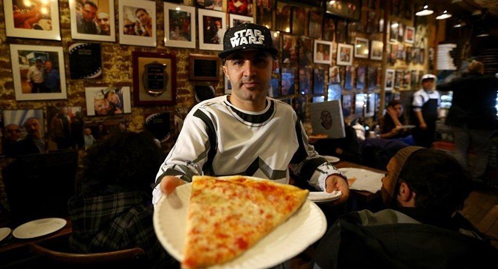 ABD'de, Diyarbakırlı 'şampiyon' pizzacı Hakkı Akdeniz
