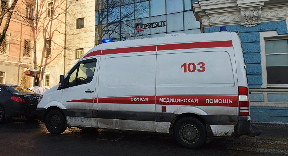 Moskova'da bir ambulans