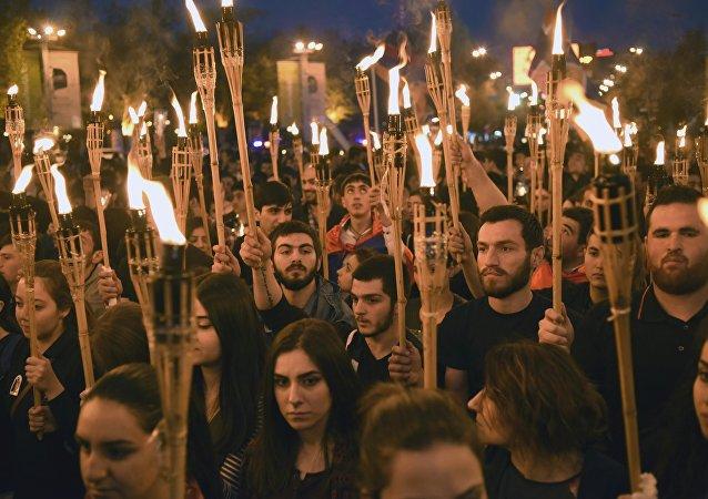 Ermenistan'ın başkenti Erivan'da 1915 Olayları'nın yıl dönümünde yürüyüş