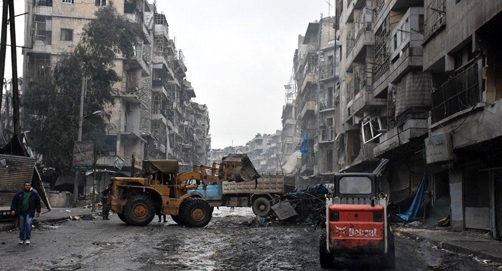 Rus sağlıkçılar Halep'te 17 bin kişiye yardım etti