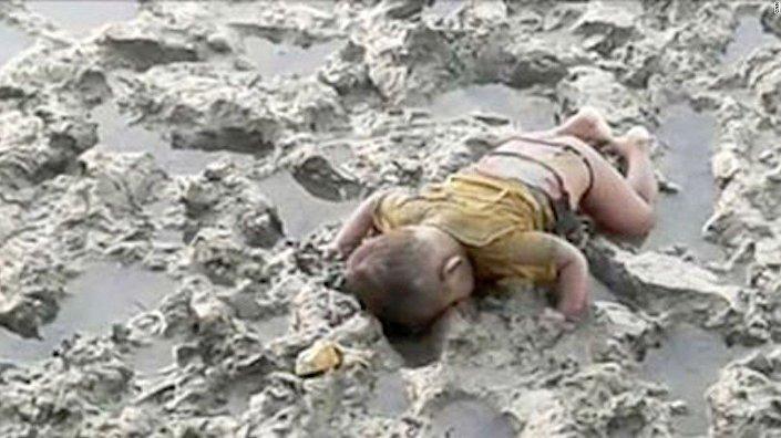 16 aylık Arakanlı bebek Muhammed Shohayet