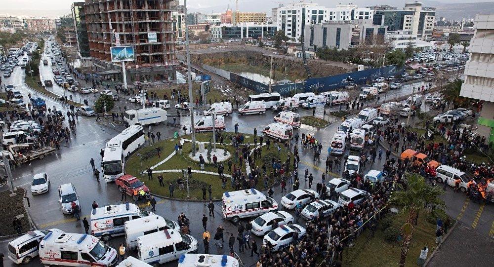 İzmir saldırı
