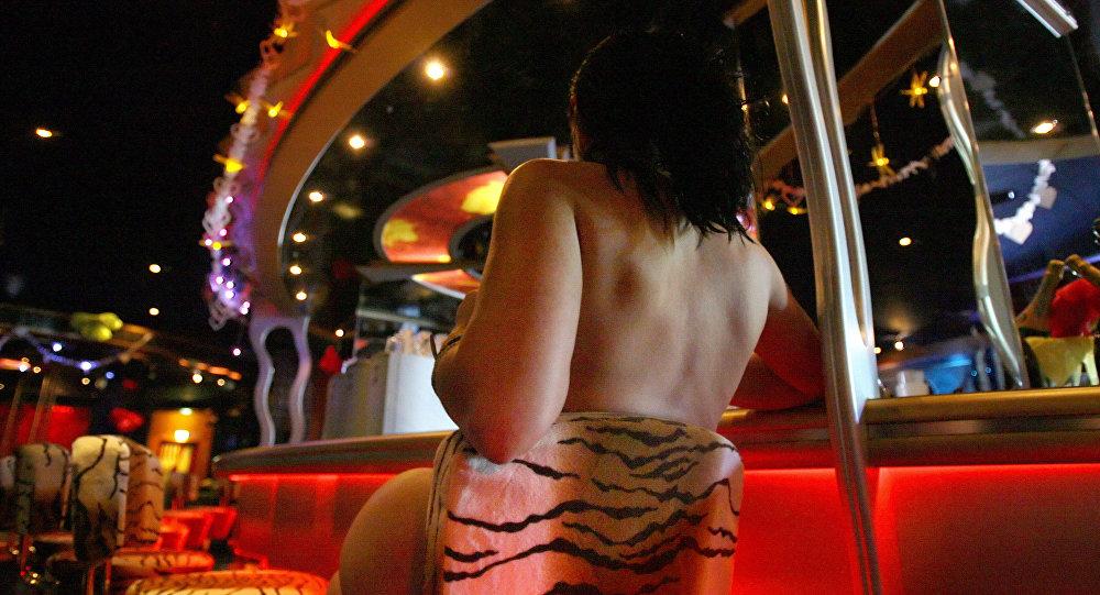 Almanya'da bir genelevdeki seks işçisi