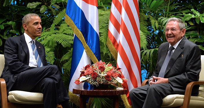 ABD Başkanı Barack Obama-Küba Devlet Başkanı Raul Castro