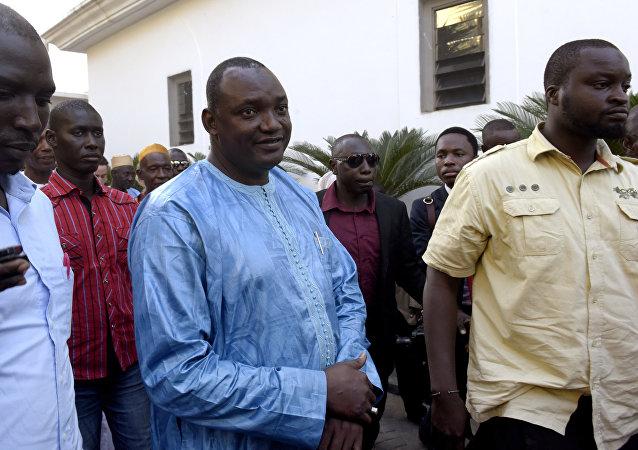 Gambiya'nın seçilen Devlet Başkanı Adama Barrow