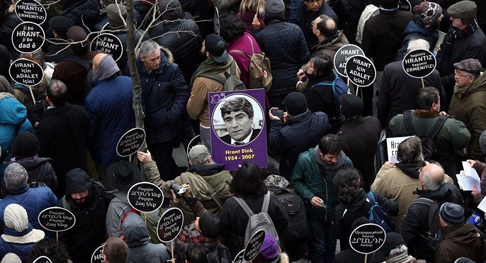 Hrant Dink öldürülüşünün 10. yılında anılıyor