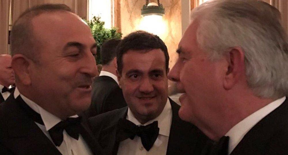 Dışişleri Bakanı Çavuşoğlu, Trump'ın Dışişleri Bakanı adayı Tillerson ile görüştü