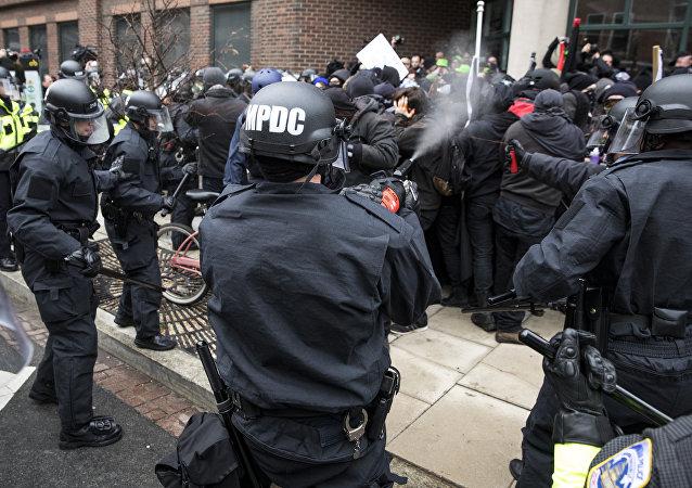 Washington'daki Trump karşıtı protestolar