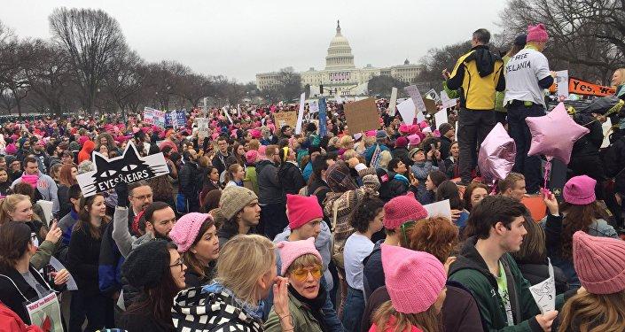 Trump karşıtı 'Kadınların Yürüyüşü'