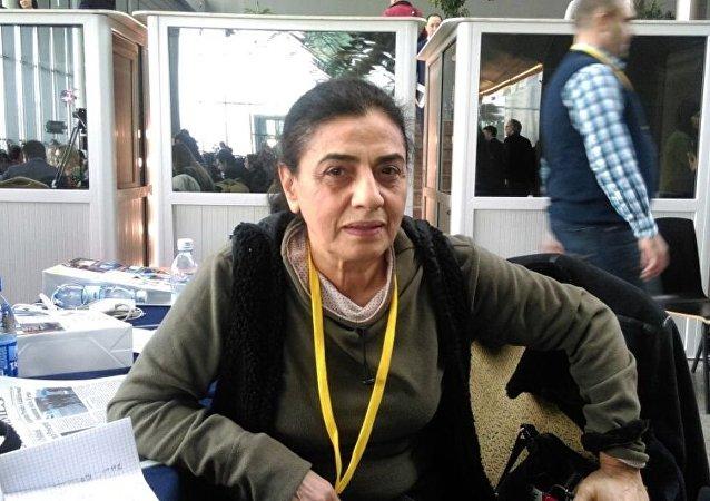Suriyeli akademisyen ve siyaset uzmanı Dr. Fouzieh Alfrihat