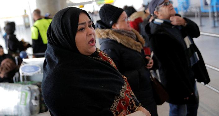 Mülteci aileleri yakınlarının gelişini bekliyor