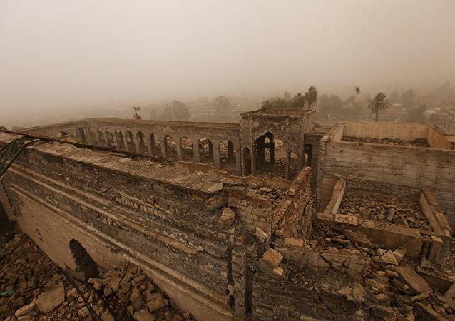IŞİD'in havaya uçurduğu Hz. Yunus'un Musul'daki mezarının kalıntıları