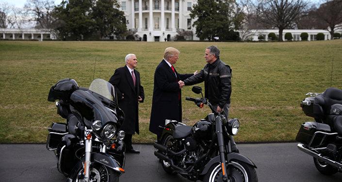 Donald Trump - Mike Pence / Harley Davidson