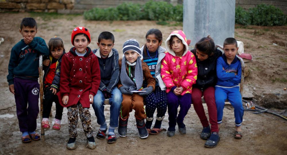 'Türkiye'de Suriyeli olmayan sığınmacılar, okula gidemiyor'