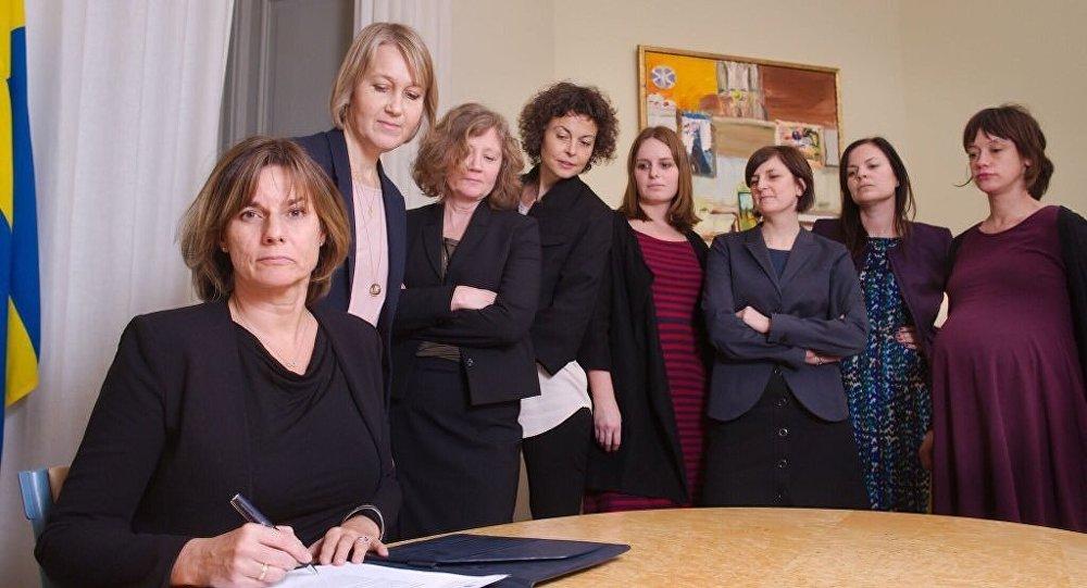 İsveç Başbakan Yardımcısı ve İklim Bakanı Isabella Lovin ve İsveçli kadın bakanlar