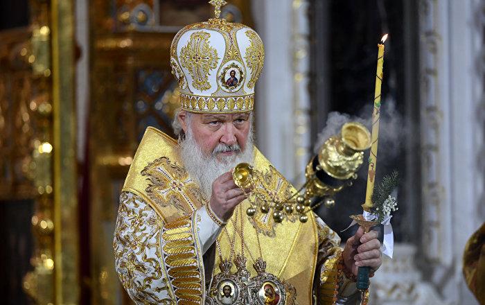 Patrik Kirill, Grozni'deki saldırıda hayatını kaybedenler için dua okudu 72